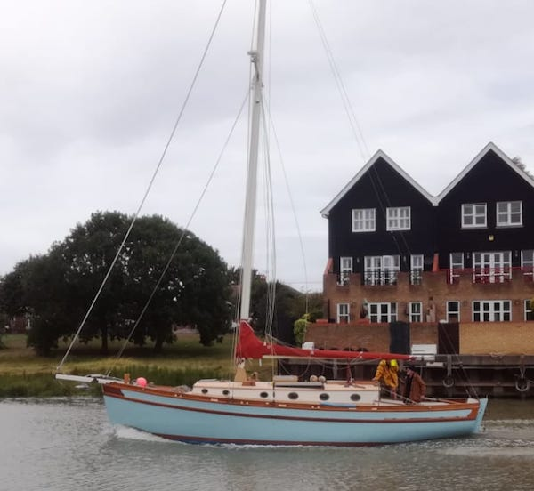 Chrysler dagger sailboat