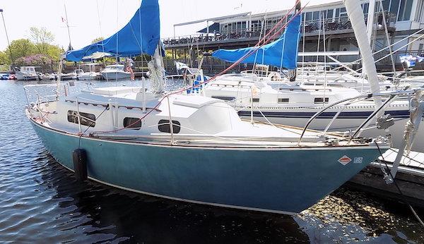 SailboatData.com - SABRE 28-1 Sailboat