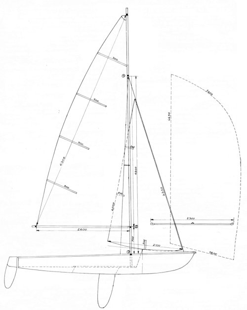 Strale drawing on sailboatdata.com