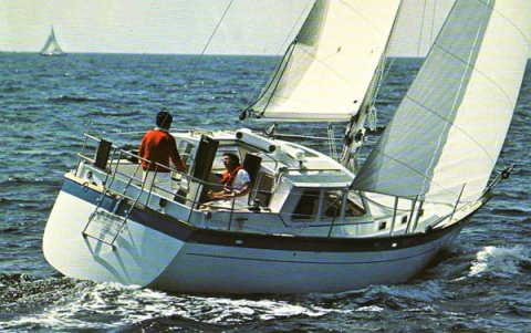 Antigua 34 (Wauquiez) photo on sailboatdata.com