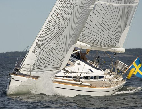 Arcona 400 photo on sailboatdata.com