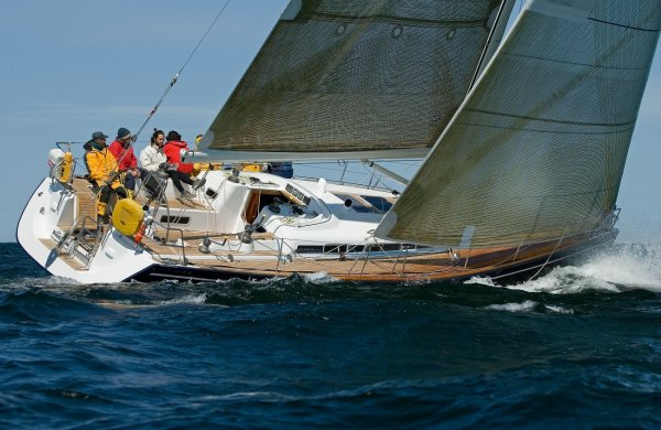 Arcona 460 photo on sailboatdata.com