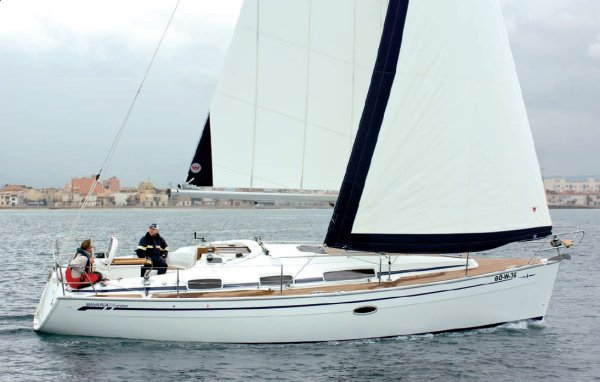 BAVARIA CRUISER 34 photo