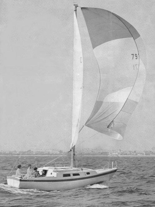 SailboatData.com - CAL 27 Sailboat | 500 x 666 jpeg 42kB