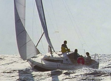 Challenger Europe photo on sailboatdata.com
