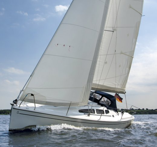 Dehler 29 photo on sailboatdata.com