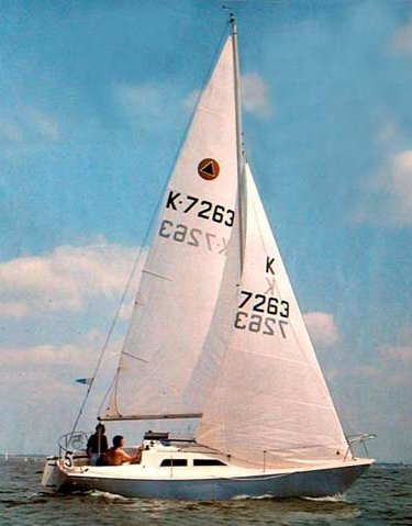 Delta 25 (Hunter UK) photo on sailboatdata.com