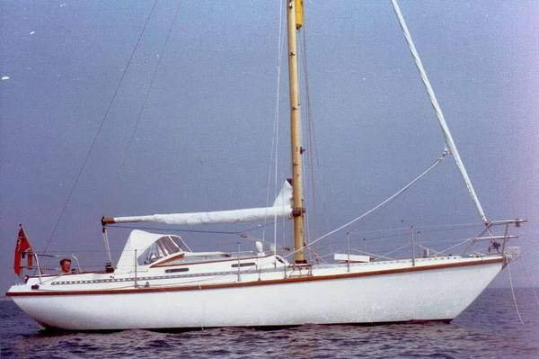 Elizabethan 31 photo on sailboatdata.com