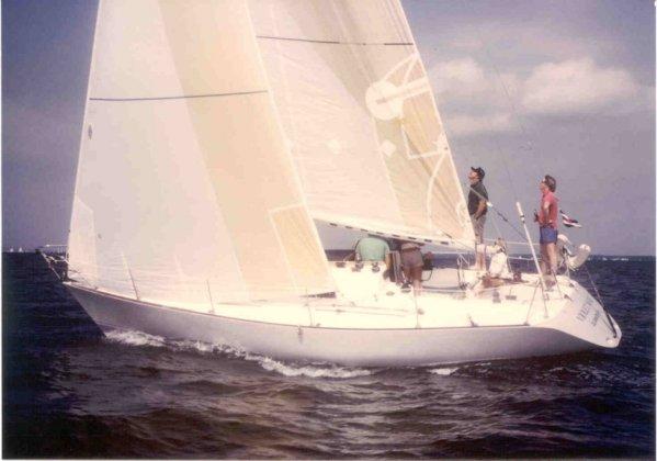 SailboatData  FARR 33 Sailboat