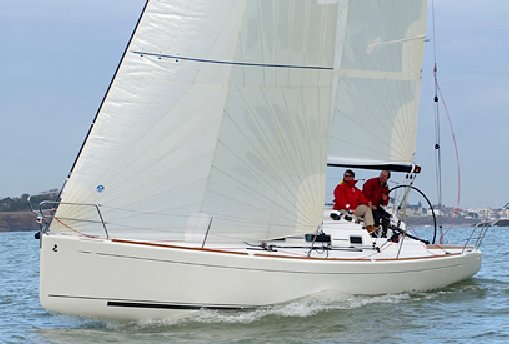 FIRST 10R (BENETEAU) photo