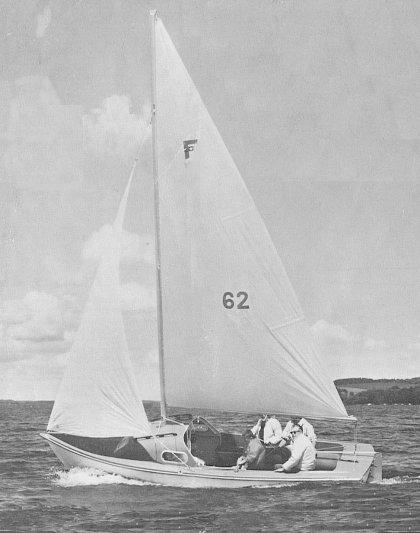 Ford 20 photo on sailboatdata.com