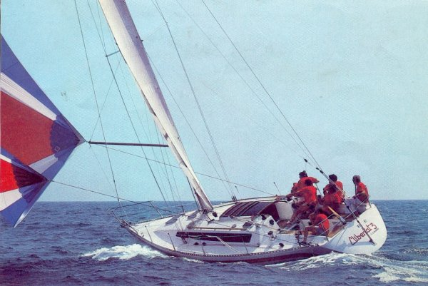 Furia 37 photo on sailboatdata.com