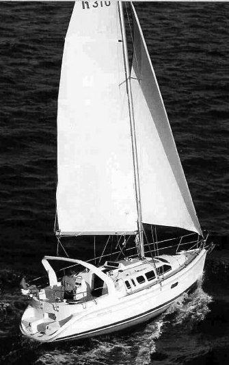 Hunter 310 photo on sailboatdata.com