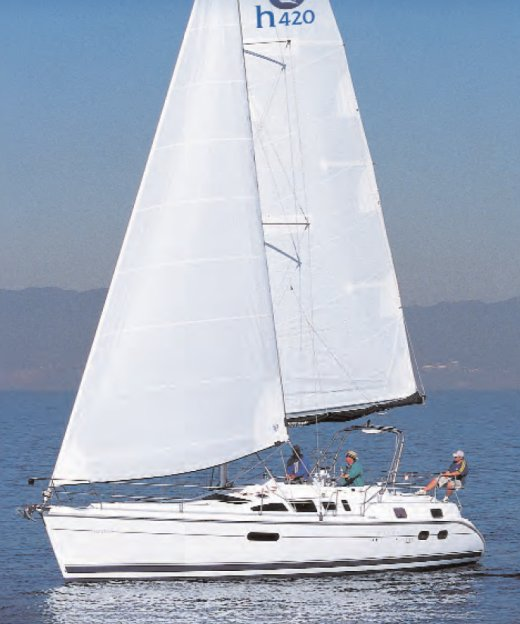 Hunter 420 photo on sailboatdata.com