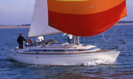 Idylle 1050 (Beneteau) photo on sailboatdata.com