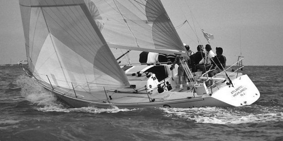 J/39 photo on sailboatdata.com