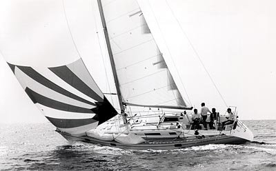 Jeanneau Sun Legende 41 photo on sailboatdata.com