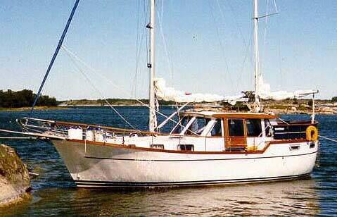 SailboatData.com - NAUTICAT 33...