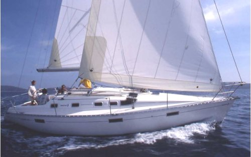 Oceanis 370 (Beneteau) photo on sailboatdata.com