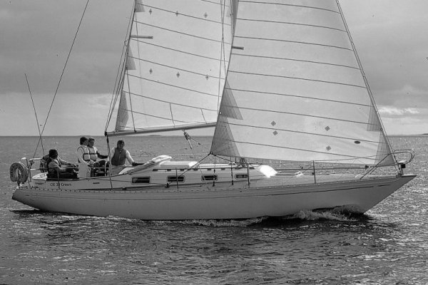 OE 36 photo on sailboatdata.com