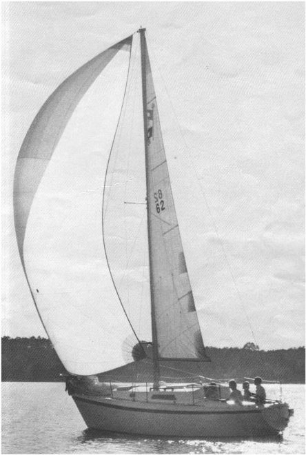 PEARSON 28 (1975-80) photo