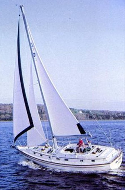 Pearson 422 photo on sailboatdata.com