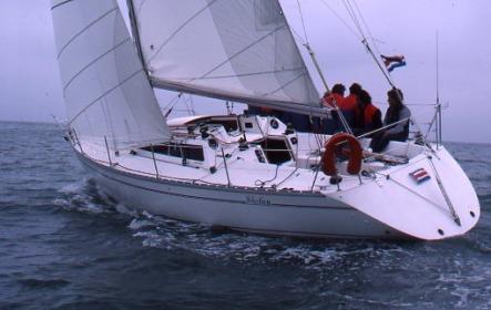 Selection 37 photo on sailboatdata.com