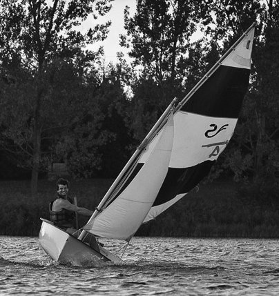 Skunk 11 photo on sailboatdata.com
