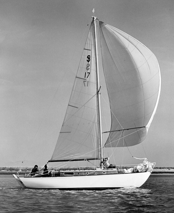 Sterling 26 (Holman) on sailboatdata.com