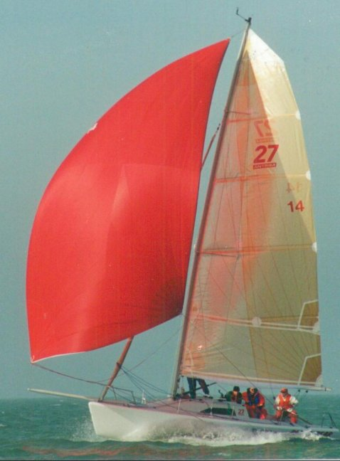 ULTIMATE 27 sailboat specifications and details on