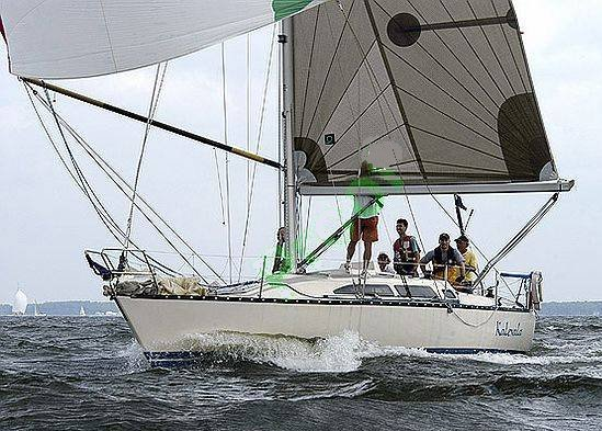 X-372 photo on sailboatdata.com